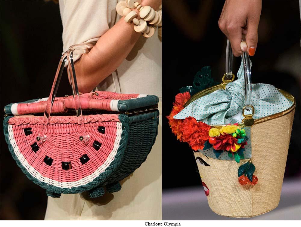 0c677bd42bf0 Необычность и весёлый характер сумки всегда присутствует в модном Доме  Dolce & Gabbana. Дизайнеры этой марки любят удивлять модниц своими  оригинальными ...